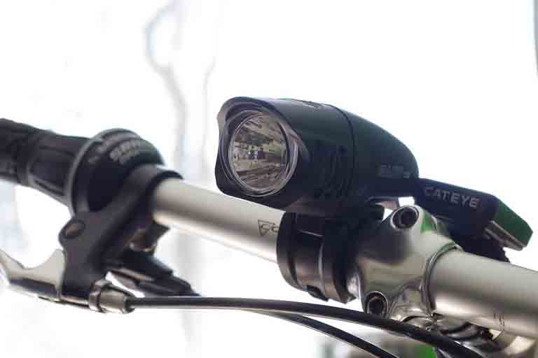 a bike light attached to bike
